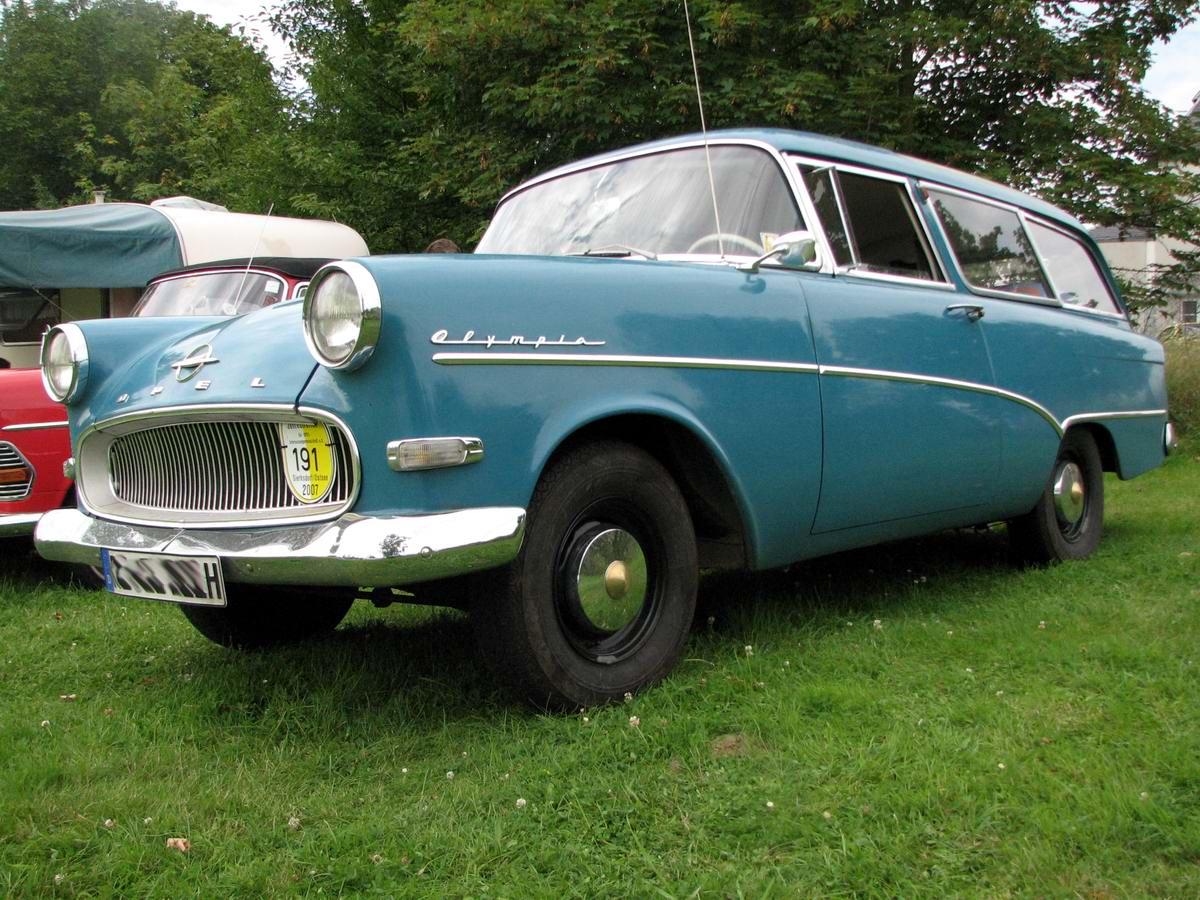 Opel Rekord P1 Caravan